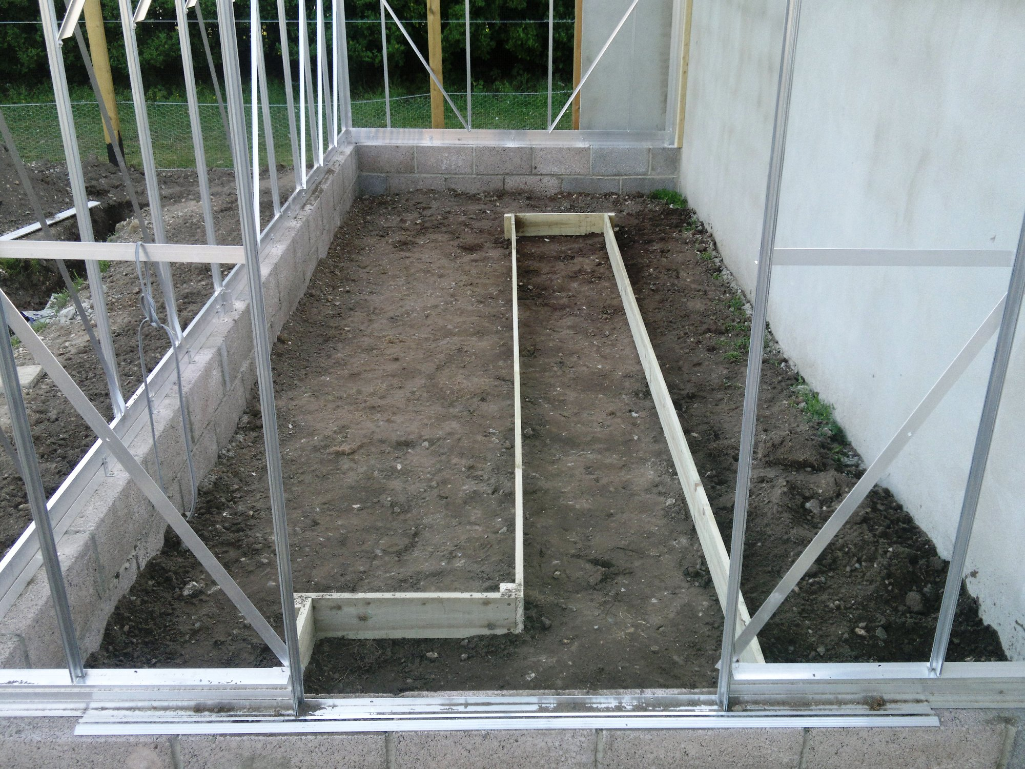 Glasshouse beds laid out