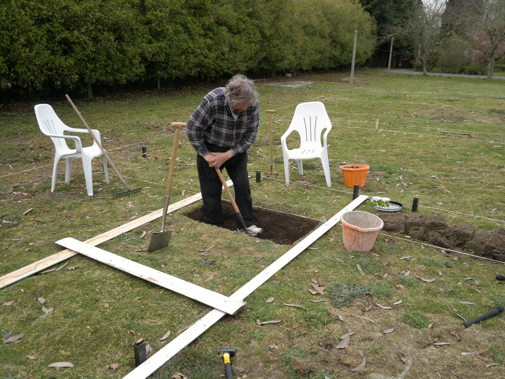 Trenching part 3: forking over the subsoil - with dad's help